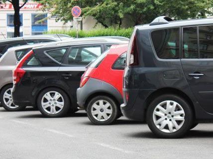 Das Parkpickerl wird abgelehnt -stattdessen wünschen sich drei Wiener Bezirke Anrainerparkplätze