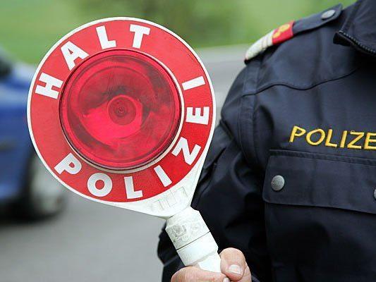Ein Kleinbus geriet in eine Polizeikontrolle - mit Folgen