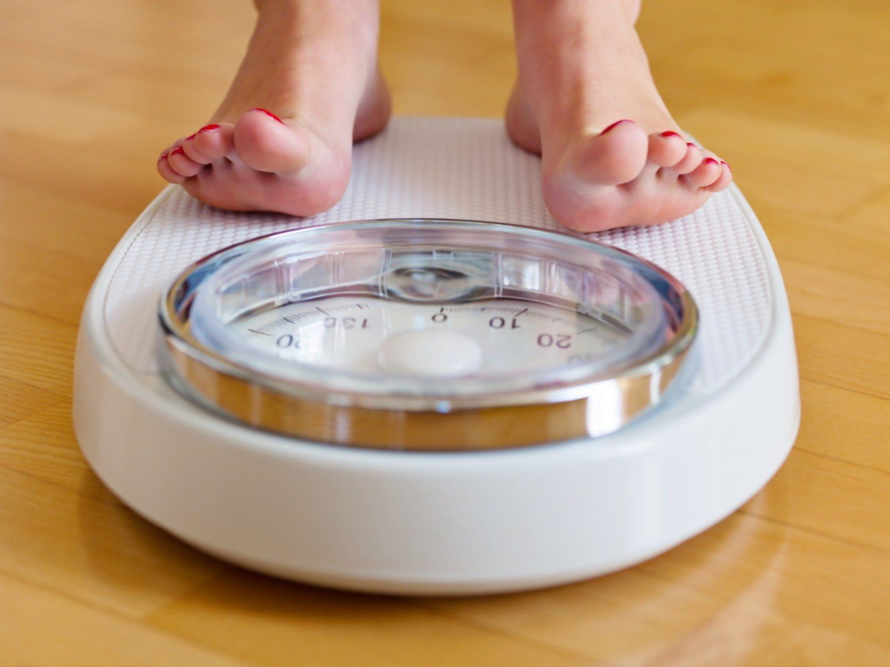 Zucker und vor allem üppige Toppings schaffen eine Kalorienfalle.