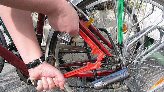 fahrradschl sser im test spagat zwischen sicherheit und. Black Bedroom Furniture Sets. Home Design Ideas