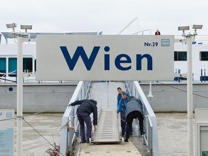 Ab Donnerstag ist der Schiffsverkehr auf der Donau wieder uneingeschränkt möglich.