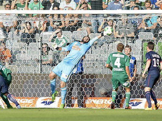 Rapid-Goalie Novota wurde einige Male geprüft