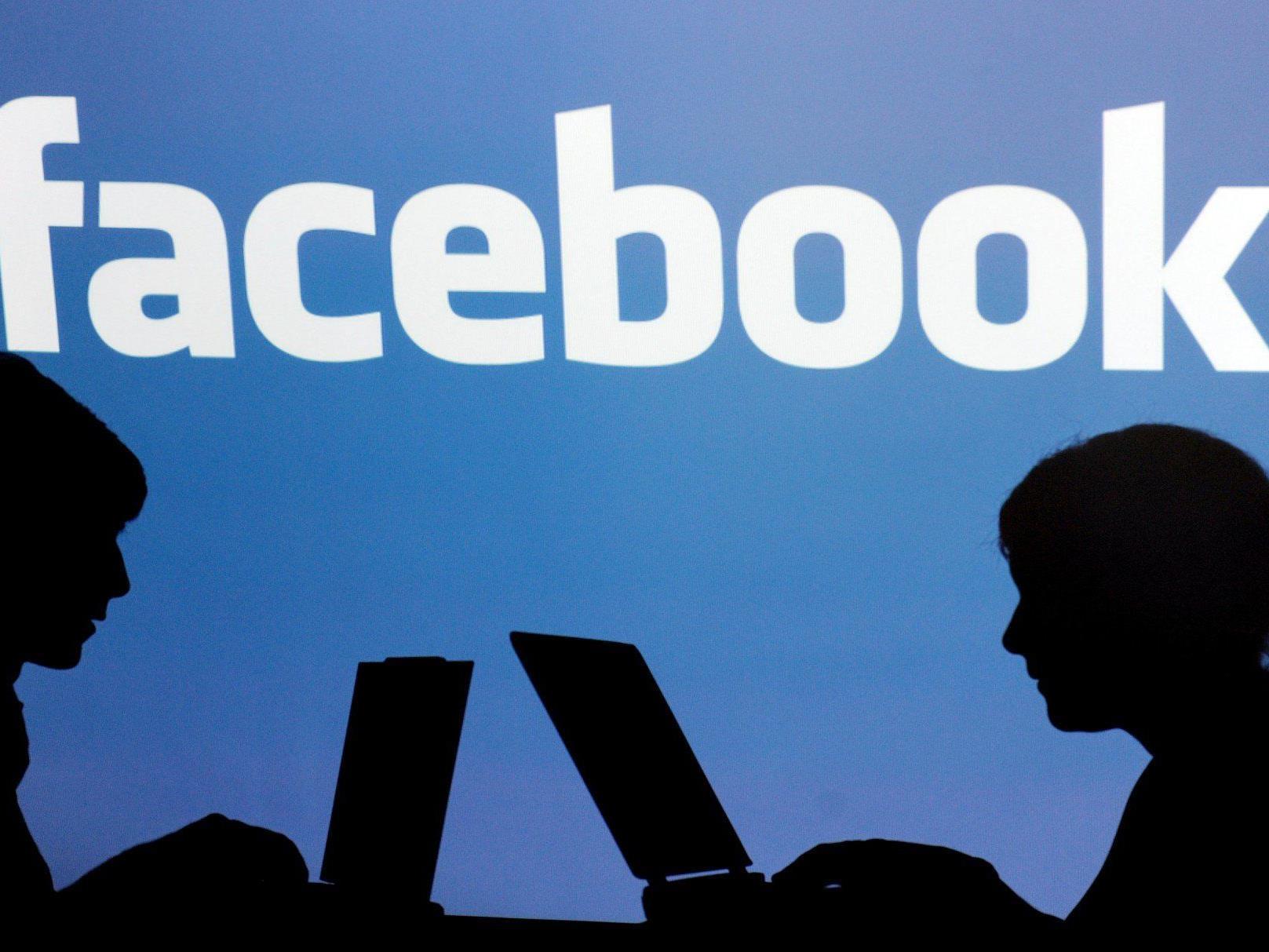 Nach dem starken Verlust überrascht die Facebook-Aktie nun mit einem rasanten Wachstum.
