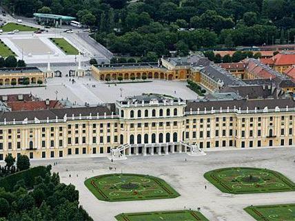 Schloss Schönbrunn: Millionen-Rückstellungen wegen Schloss Hof nötig