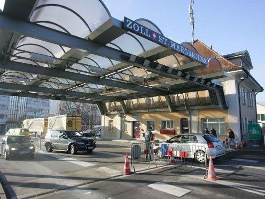 Referendum am 24. November - 106.000 Unterschriften gegen 150-prozentige Erhöhung der Autobahn-Maut.