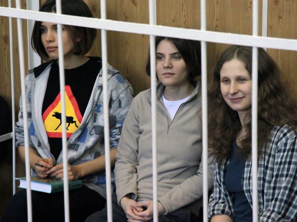 Stars setzten sich für Freilassung von Pussy Riot ein.