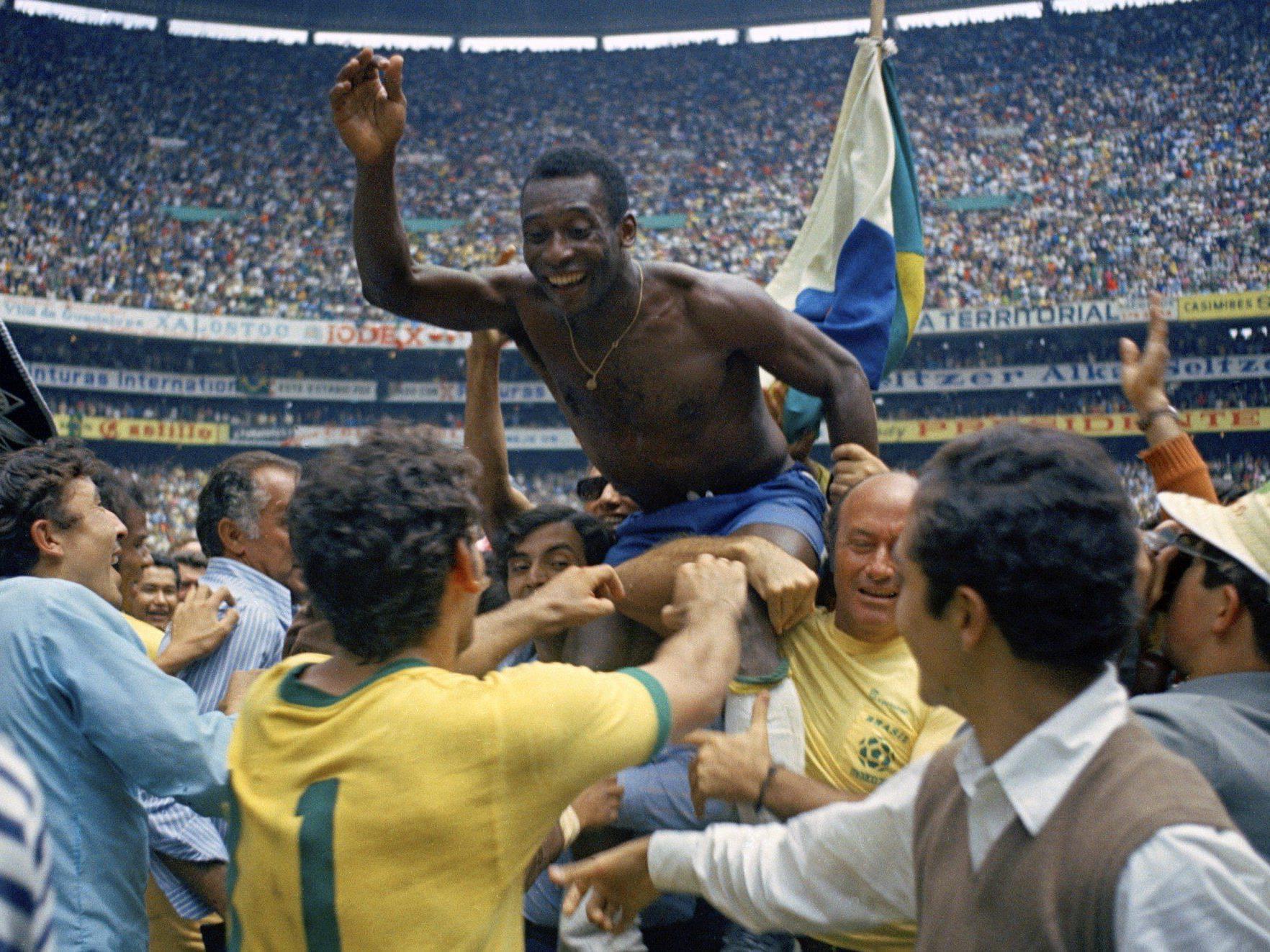 """Keine """"Beste Elf aller Zeiten"""" wäre ohne Pelé komplett."""