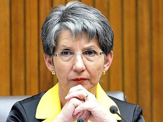 Barbara Prammer kritisierte Beatrix Karl