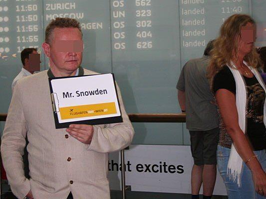 """Ein Taxifahrer wartete am Flughafen auf """"Mr. Snowden"""""""
