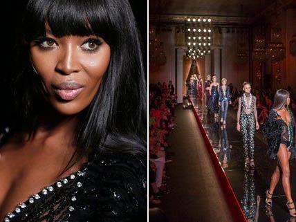 Naomi Campbell eröffnete die Haute Couture Schau in einem Look von Versace.