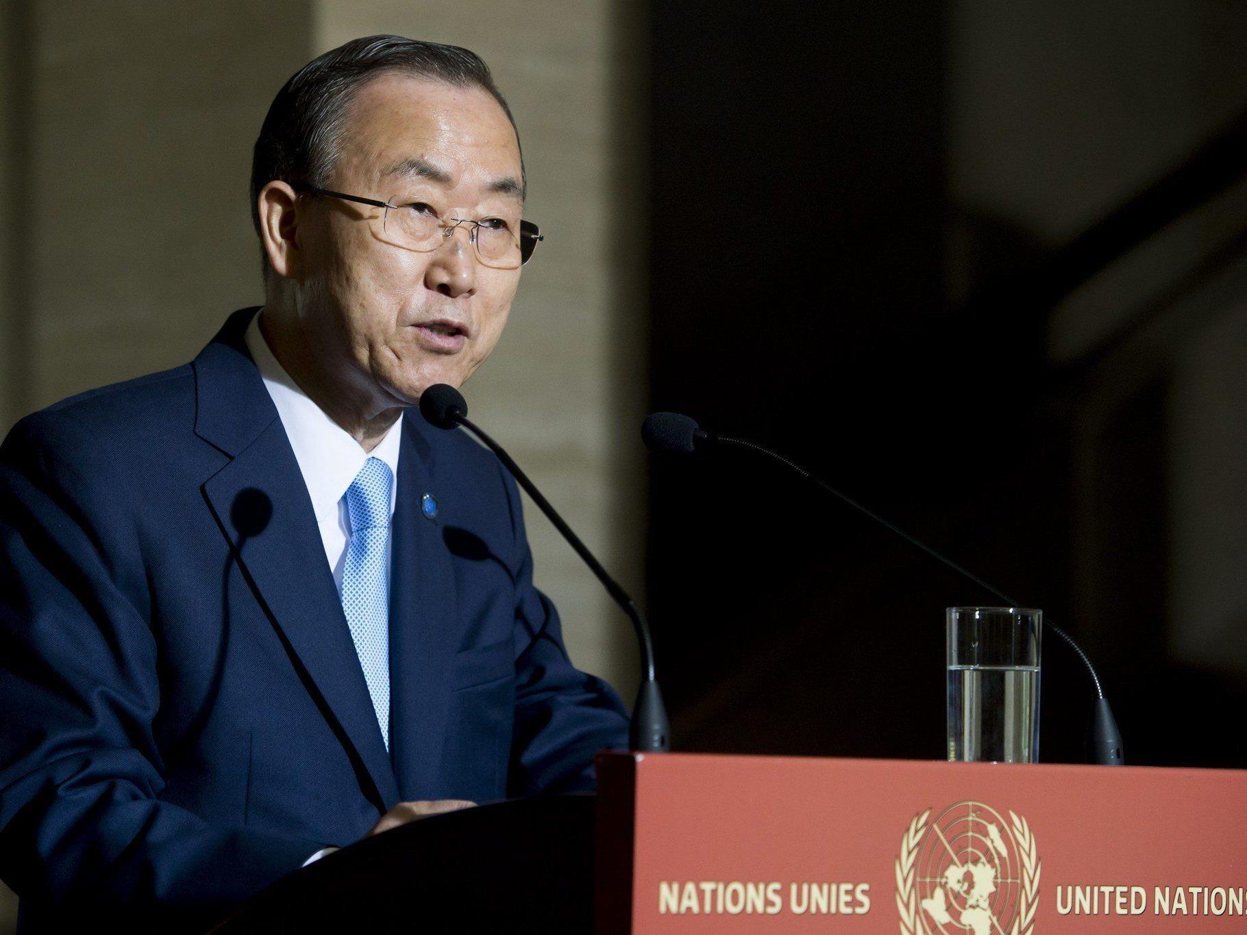 Ban Ki-moon gab bekannt, dass während der Auseinandersetzung in Syrien bisher mehr 100.000 Menschen ums Leben kamen.