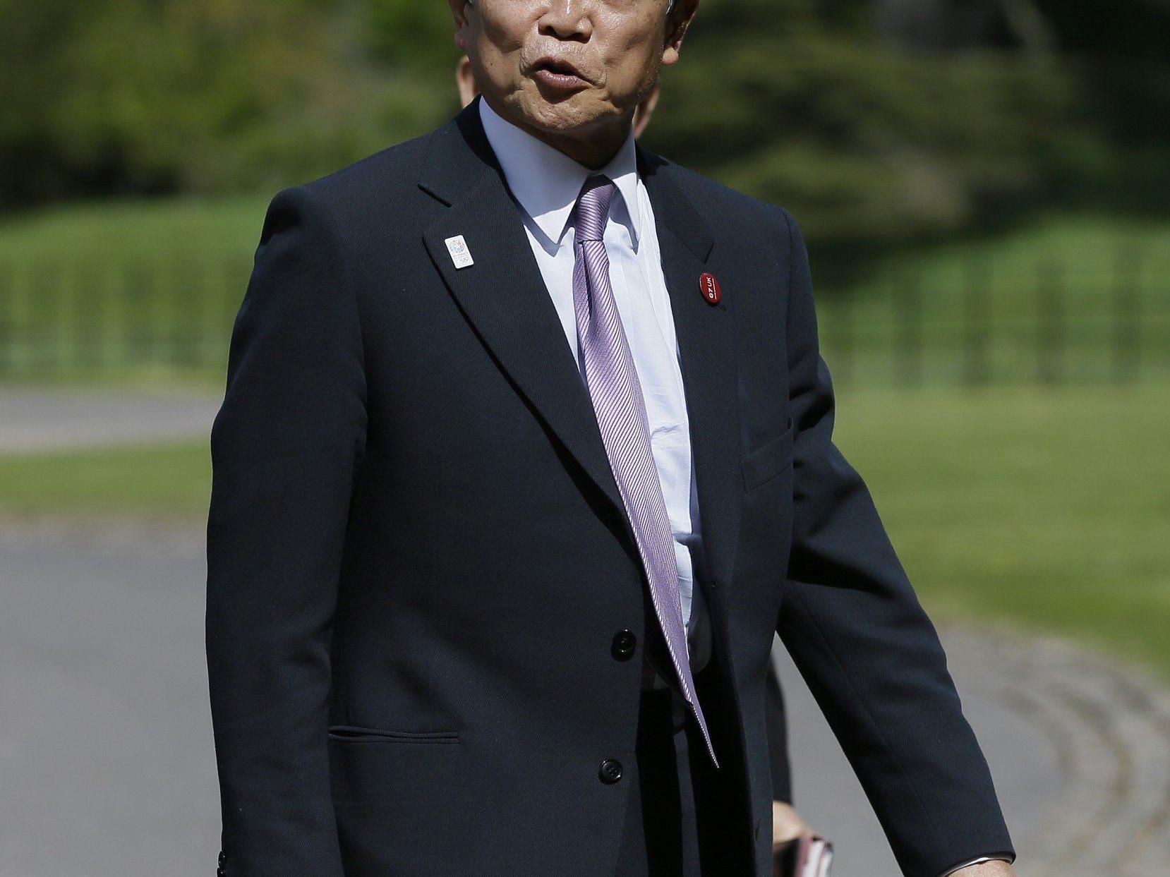 Aso: Japan könnte bei Umsetzung von Reformen von Nazis lernen.