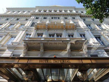 Einsatz der Feuerwehr im Wiener Hotel Imperial.