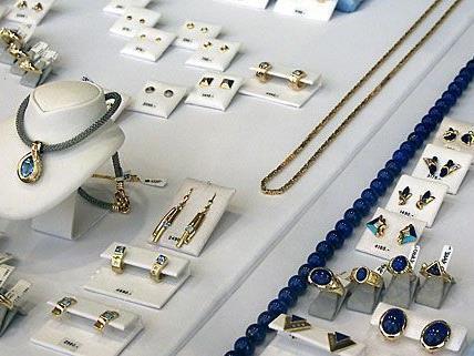 EIn Juwelier in Wien wurde am Freitag betrogen.