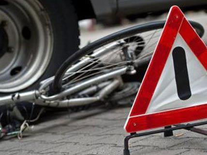 Bei rücksichtsloser Fahrweise beiderseits kann es schnell zu Unfällen kommen.