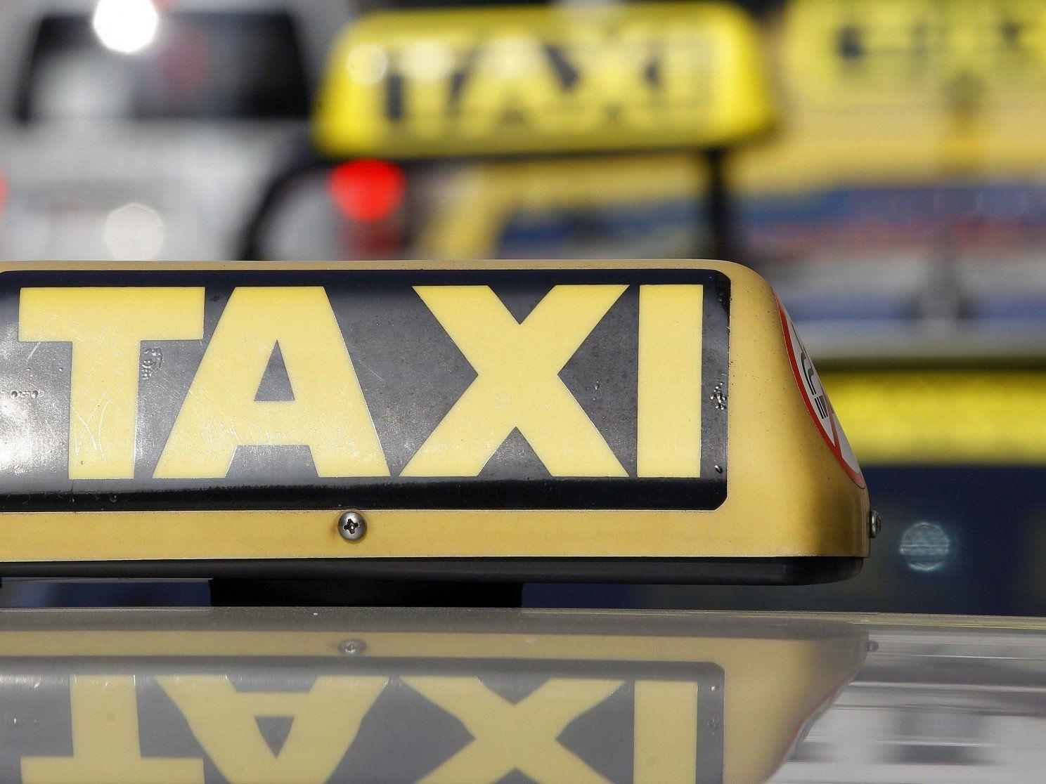 Taxifahrer in Wien dürfen nicht Funkzentralen und Apps in Anspruch nehmen.
