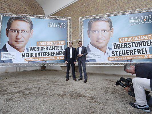 Zweite Plakatserie soll Wähler anlocken
