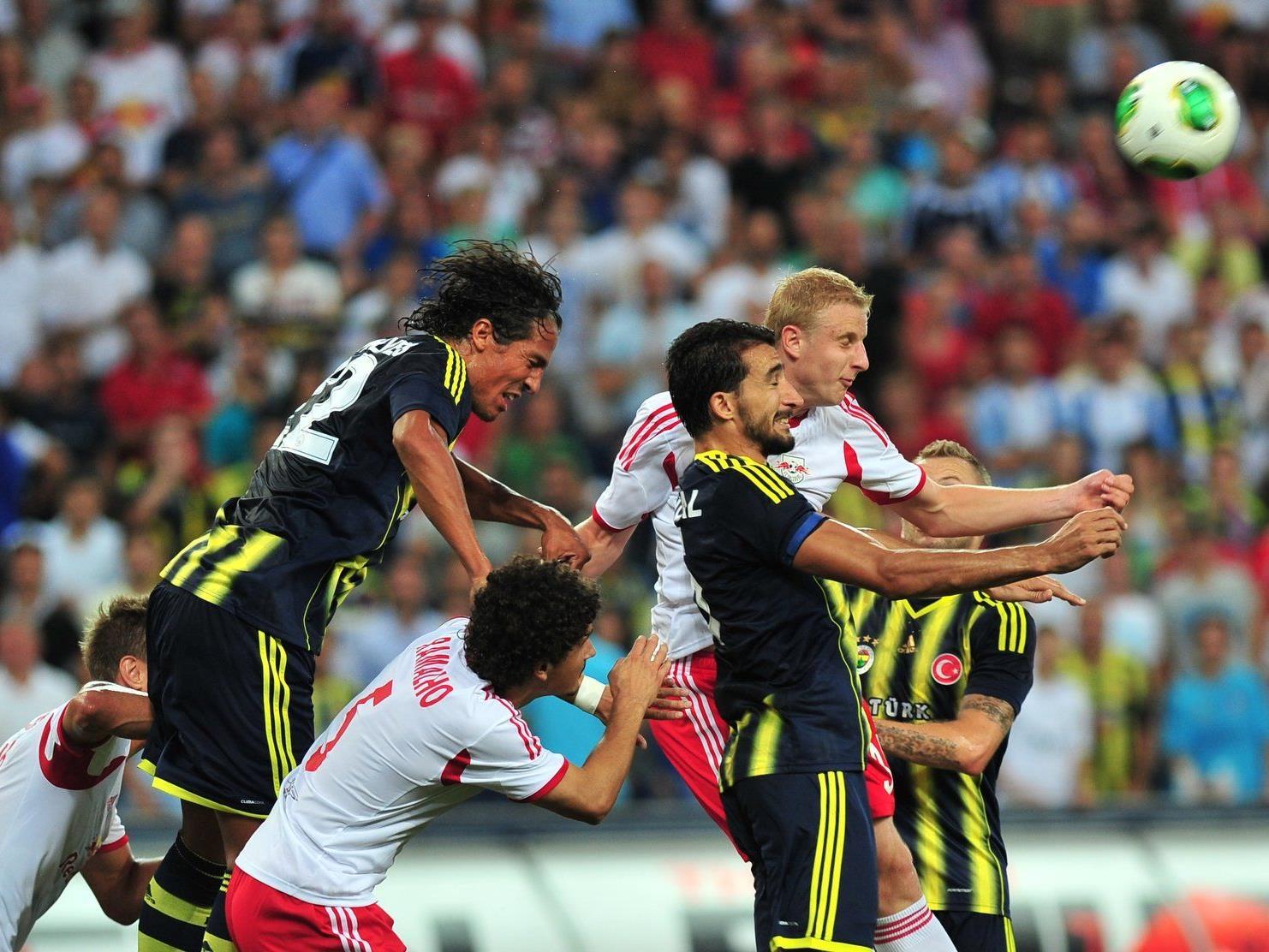 Salzburg-Trainer Schmidt sieht den Ausgang des Spiels sehr bitter.