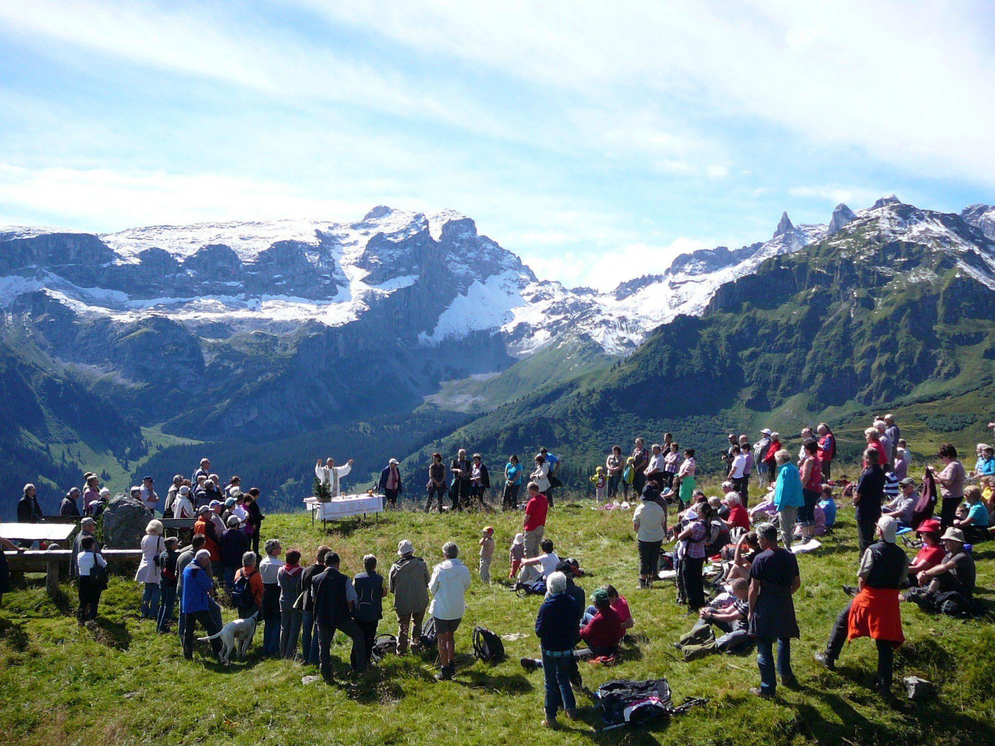 Musikalische Umrahmung der Lautertälern mit ihren Alphörnern.