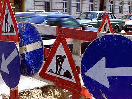 16. Bezirk: Instandsetzungsarbeiten am Kreuzungsplateau Sandleitengasse/Wilhelminenstraße