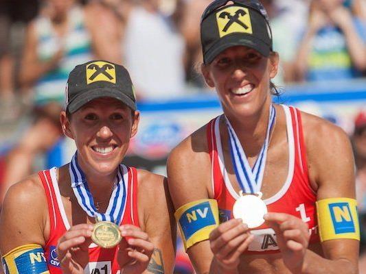 Doris und Stefanie Schwaiger freuen sich über Gold