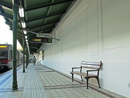 Die Arbeiten auf den Bahnsteigen sind bereits abgeschlossen.