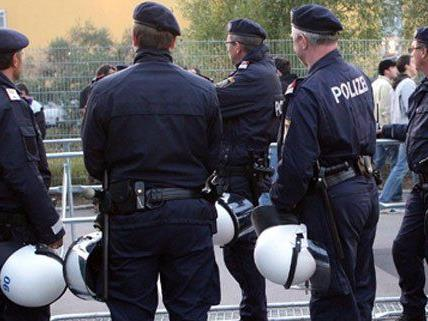 """""""Aufnahmeoffensive"""" bei der Polizei seit 2009."""
