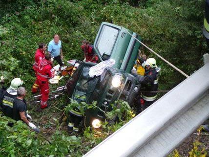 Eine Person wurde bei dem Unfall am Mittwoch lebensgefährlich verletzt.