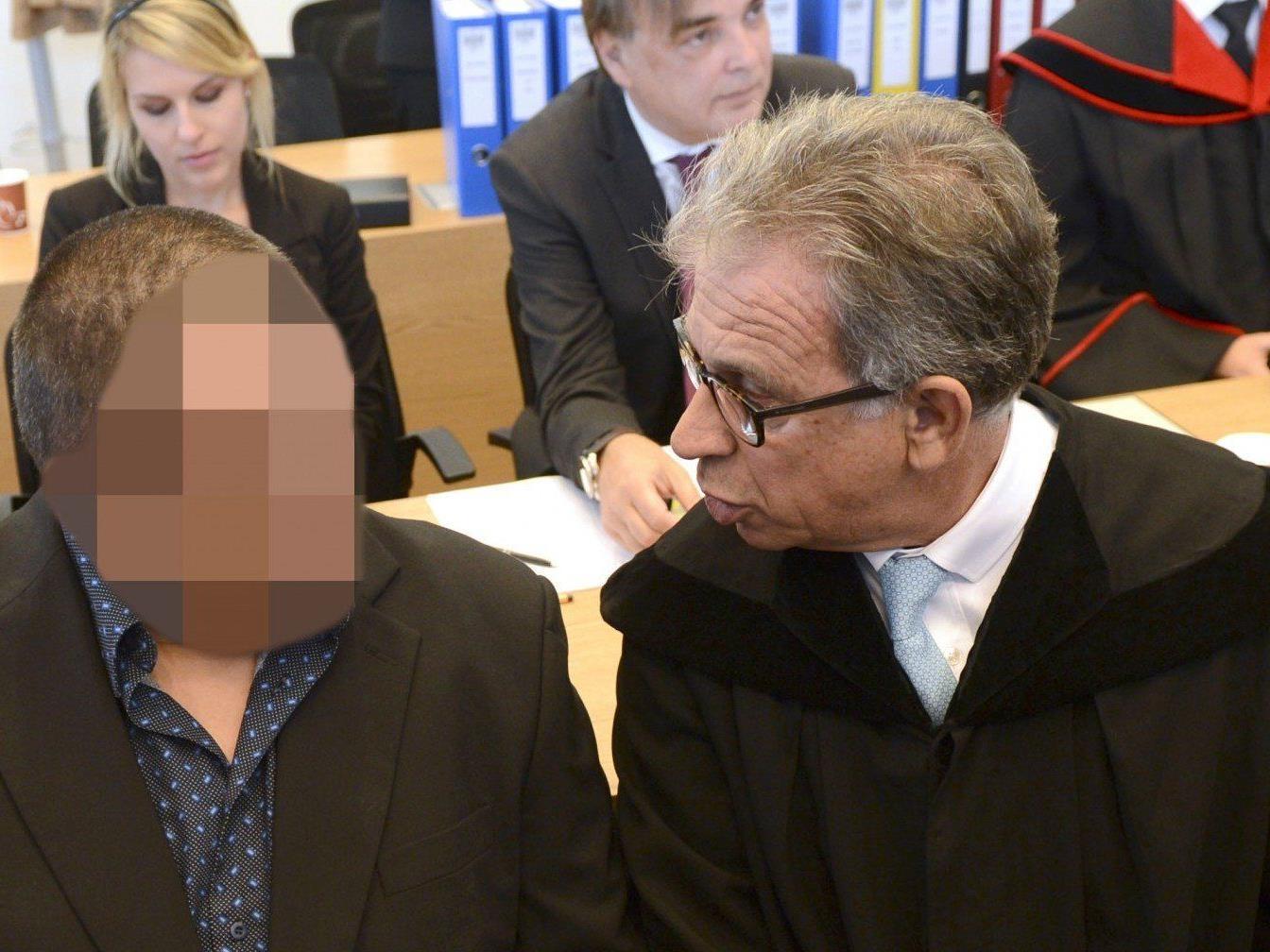 Am sechsten Tag im Mordprozess im Fall Julia Kührer waren die Gutachter am Wort.