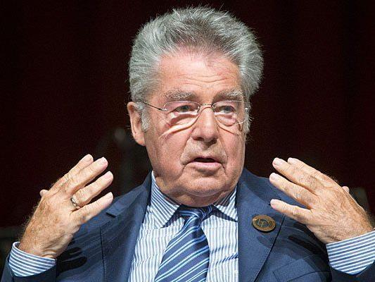 Bundespräsident Heinz Fischer äußerte sich zum Thema Todesstrafe, das Frank Stronach aufbrachte