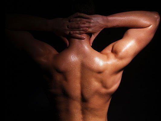 Muskelbepackte Männer sucht derzeit das Volkstheater