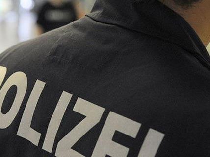 Wien – Hernals: Zechpreller randaliert im Lokal, vier Verletzte