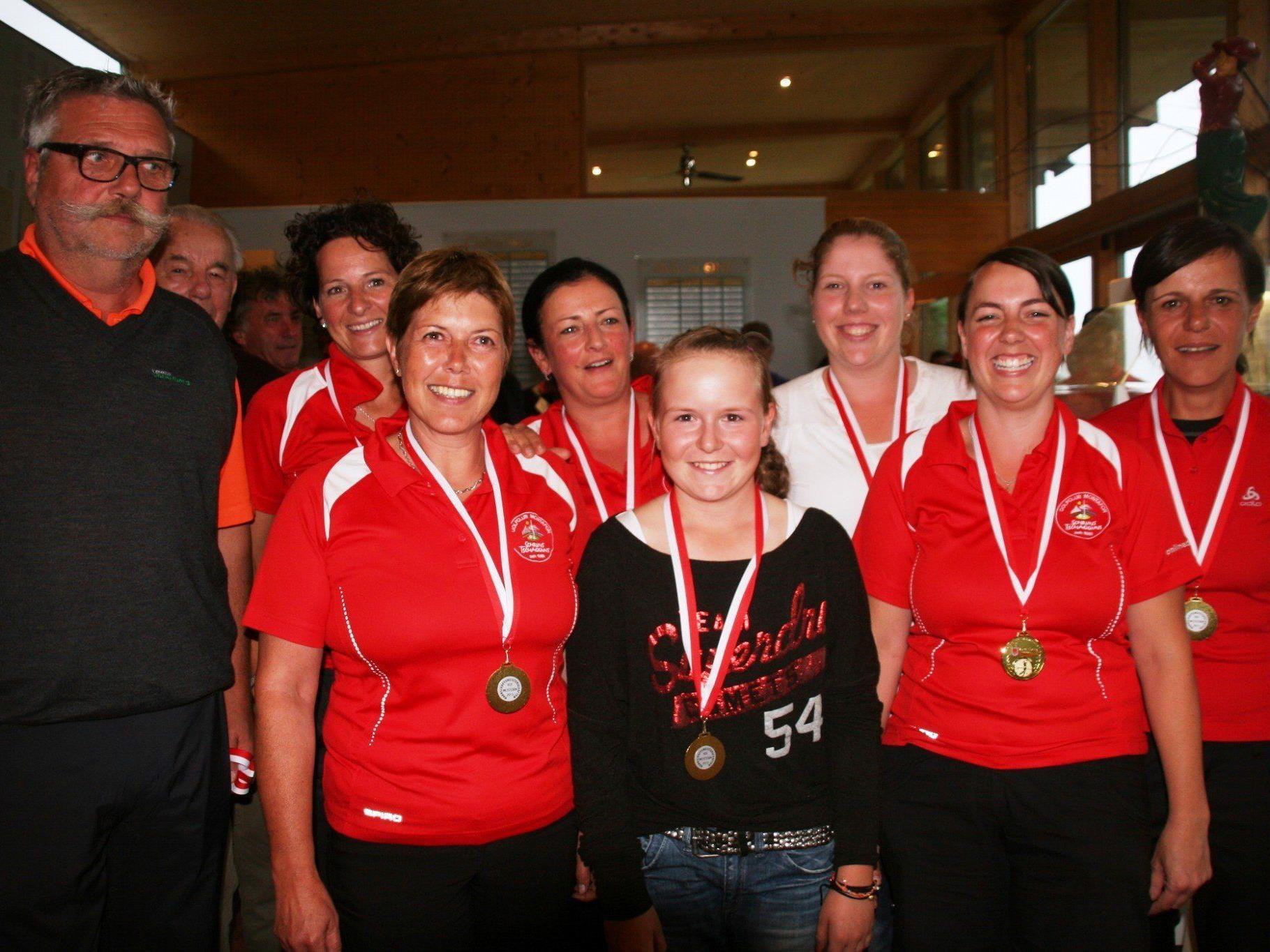 Die Damen des GC Montafon holten sich den Vorarlberger Mannschaftstitel.