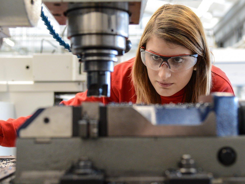 Beschäftigt sind bei Hilti weltweit rund 21.000 Mitarbeiter.