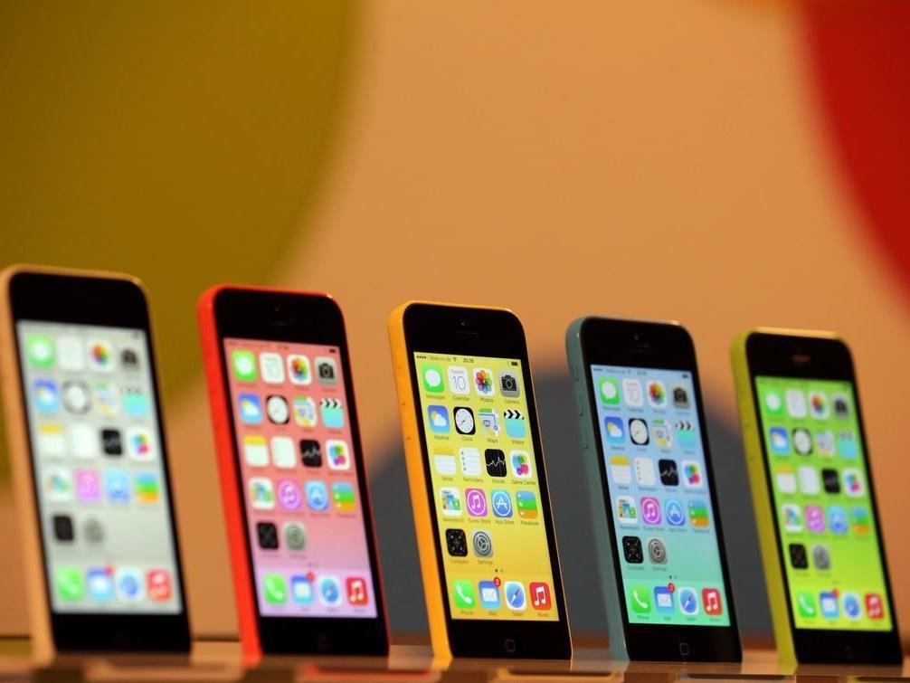 Zumindest farbenprächtig sind die neuen iPhone-Modelle.
