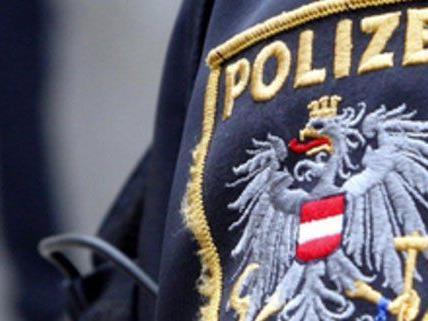 Polizisten schritten am Sonntag zur Lebensrettung ein.
