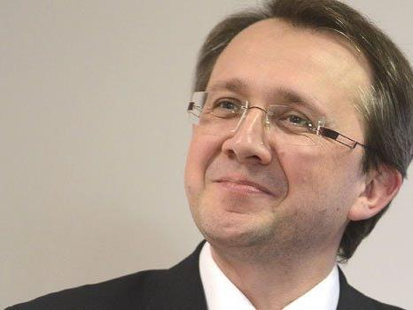 Matthias Stadler wurde von den Delegierten im Amt bestätigt.