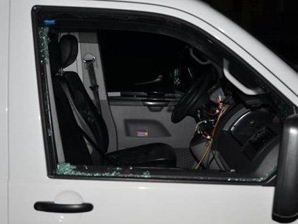 Der Mann hatte ein Auto aufgebrochen und das Radio gestohlen.