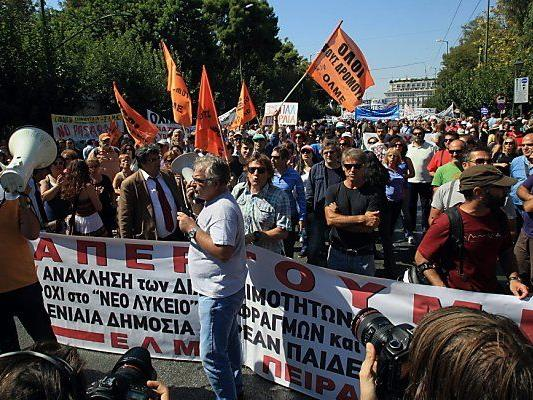 Gewerkschaften riefen für November zum Streik auf