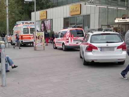 Ein Betrunkener erlitt bei einem Sturz mehrere Prellungen.