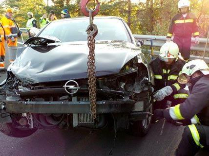 Der Lenker wurde glücklicherweise nicht verletzt.