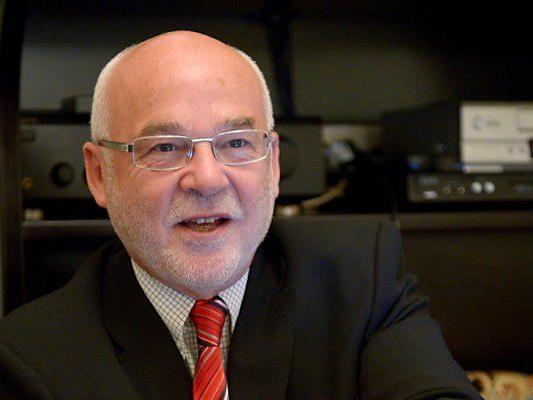 CPÖ-Chef Rudolf Gehring