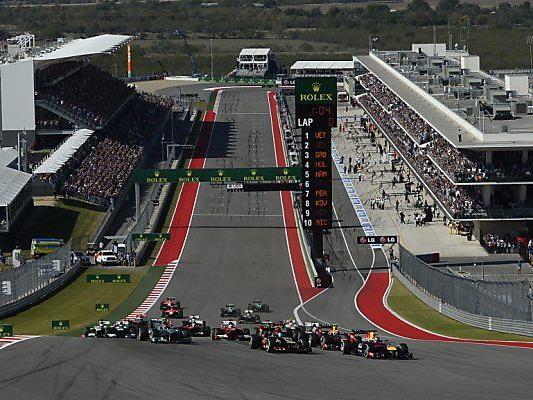 Vettel kletterte am schnellsten in erste Kurve