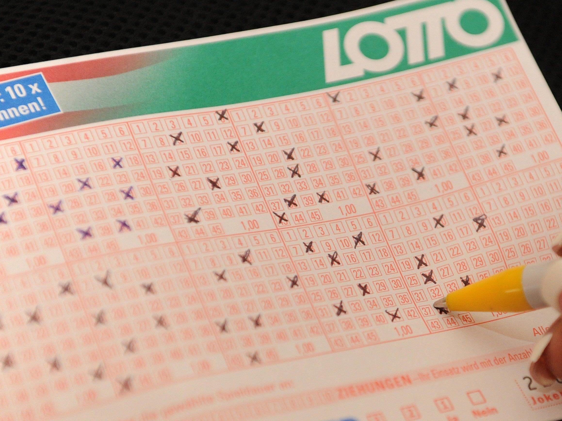 Gleich zwei Spielteilnehmer knackten den Lotto-Jackpot.