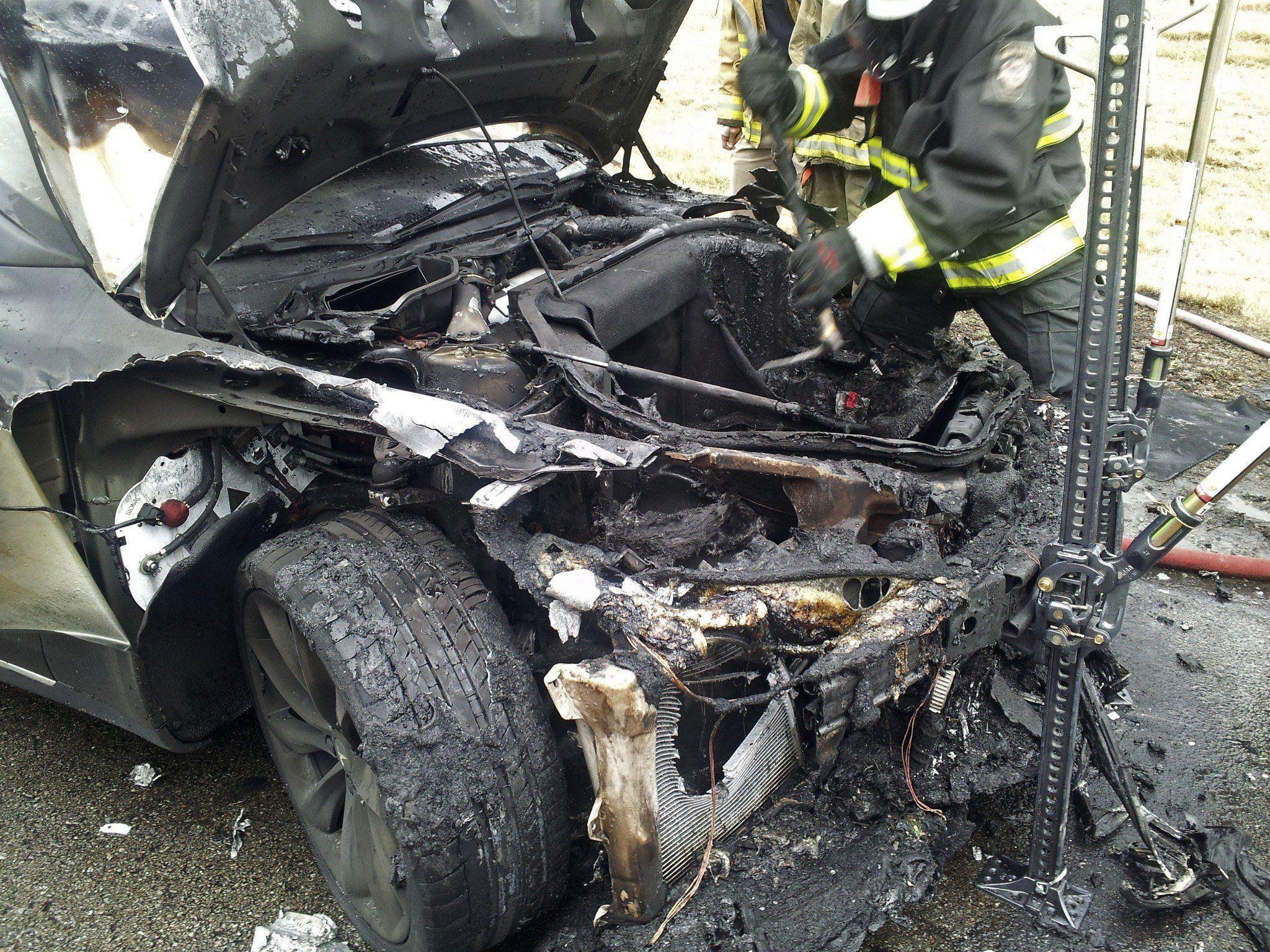 In dieser Woche geriet erneut ein Elektroauto der marke Tesla in Brand.