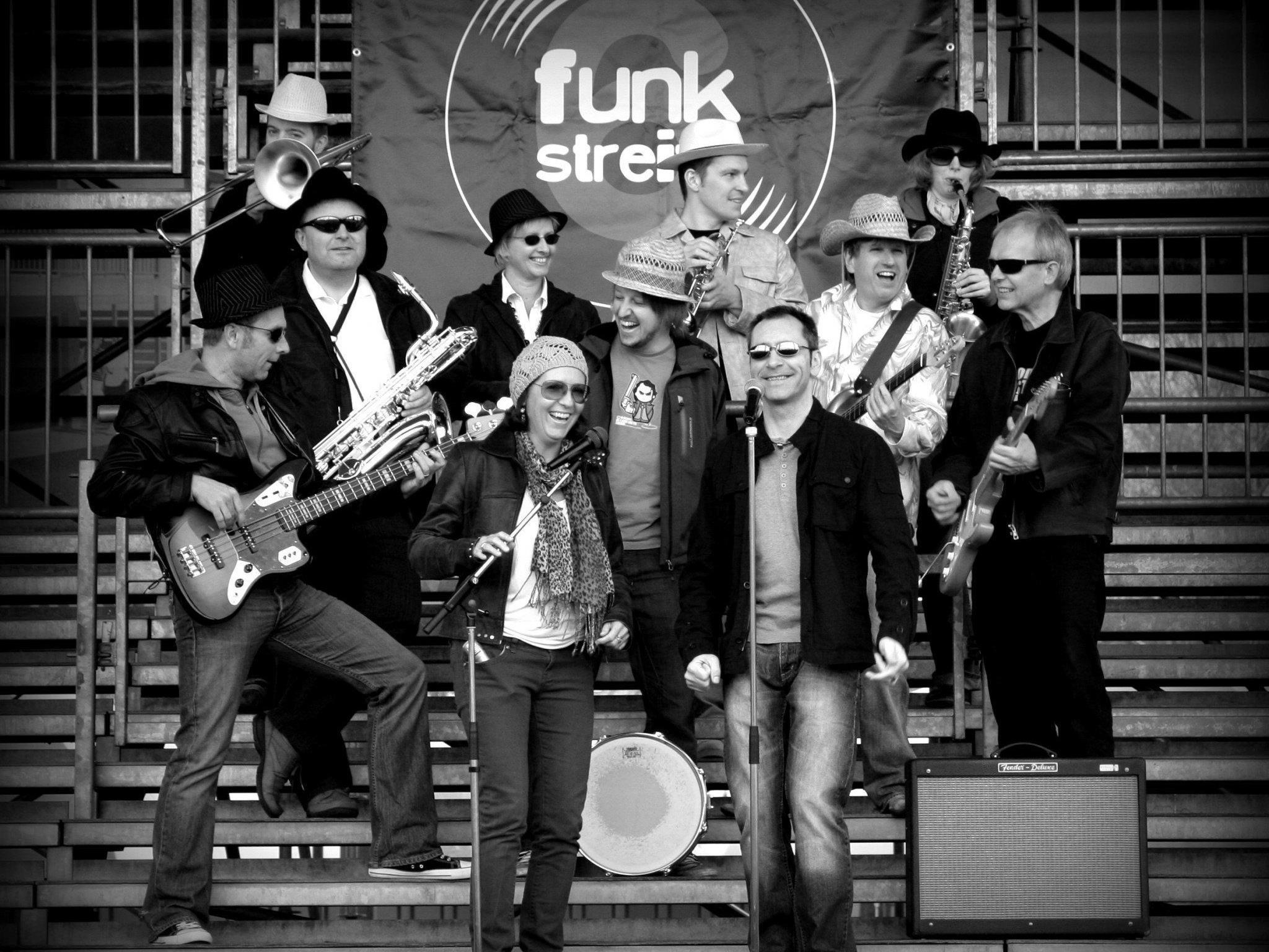 Funkstreife6 spielt für einen guten Zweck in der Beluga-Bar in Lustenau