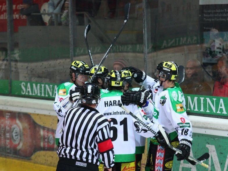 Der EHC Lustenau will im Derby gegen den Meister Bregenzerwald jubeln.