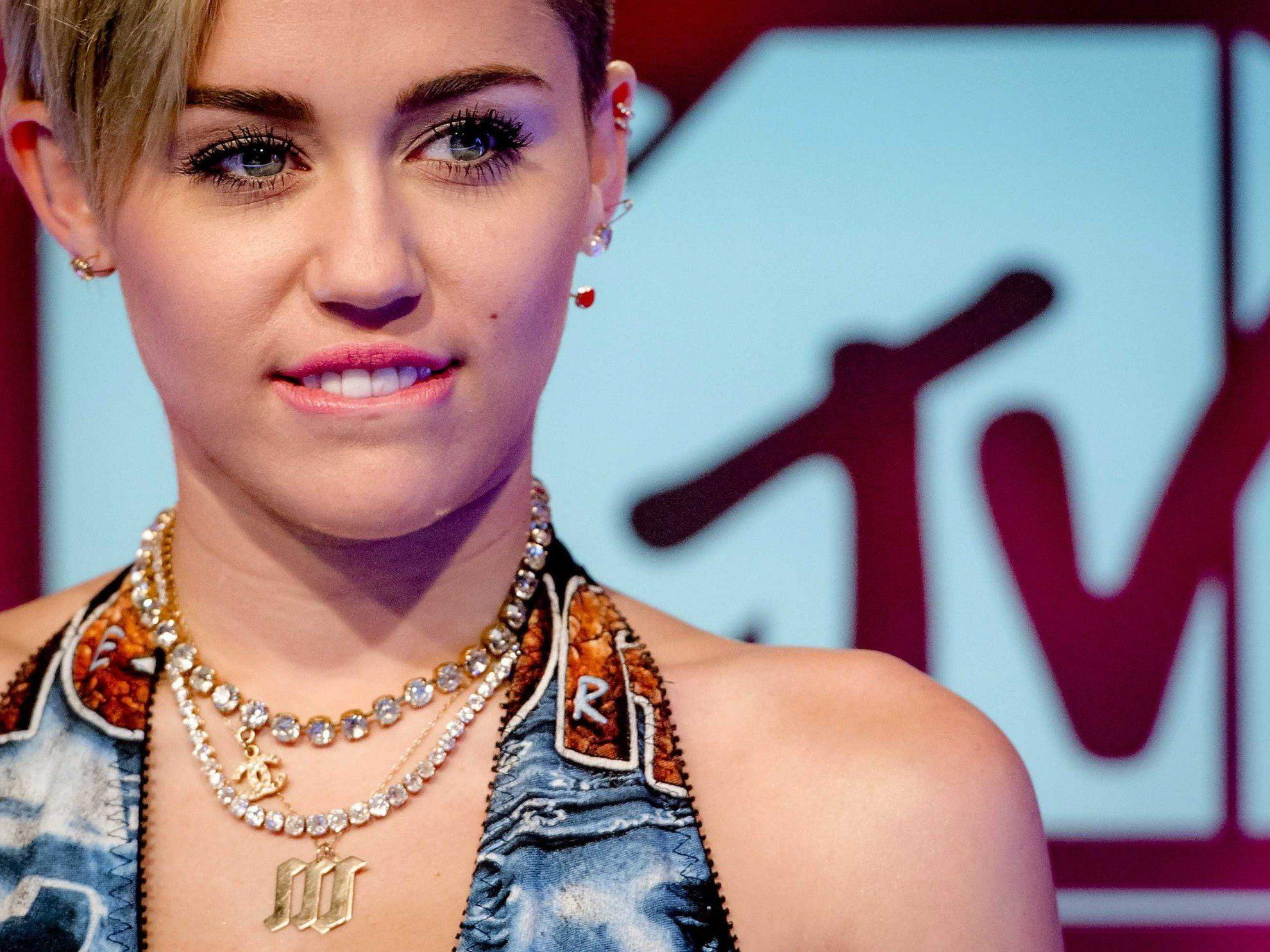 Miley Cyrus erhielt bei den MTV EMA 2013 den Preis für das beste Video.