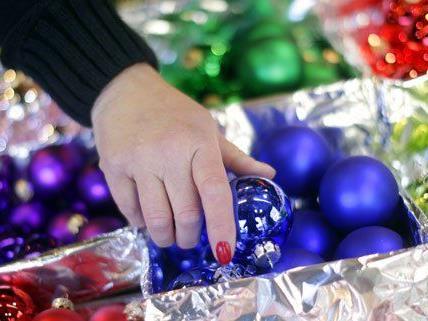 Insbesondere vor den Schlössern im Burgenland kommt weihnachtliche Stimmung auf.