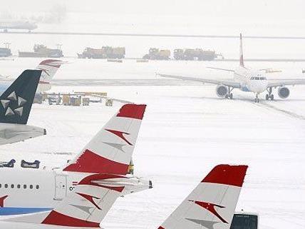 Der Winter ist am Start, der Flughafen rüstet sich.